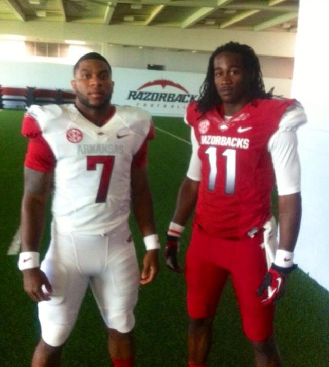 Arkansas Razorbacks new uniforms uni red white