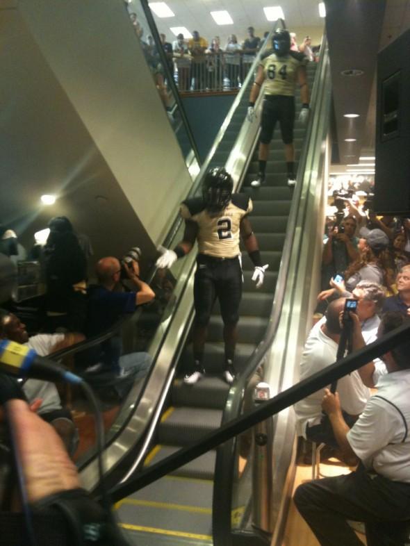 Vanderbilt Commodores New Uniform 2012 black gold black