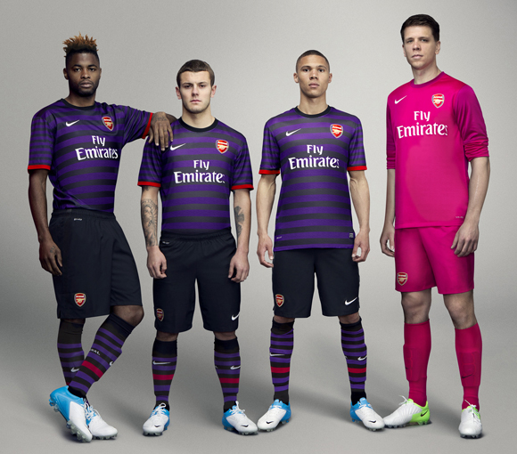 Repelente Oficiales Dios  July Big Month for Nike Soccer Kits, Several Announced | Chris ...