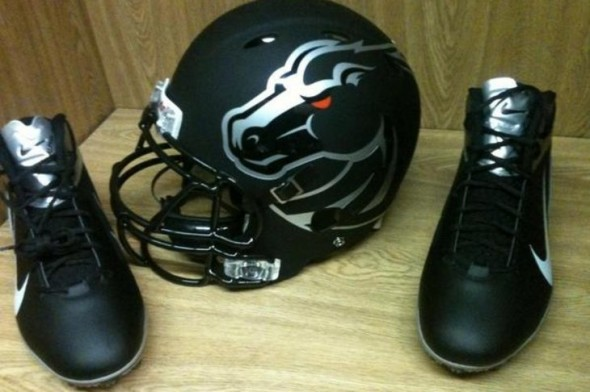 Boise State black black-out nike broncos - helmet shoes