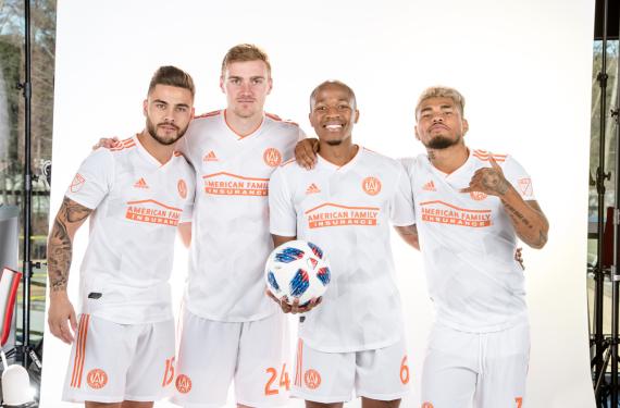 Atlanta United reveals King Peach clash kit for 2018 season