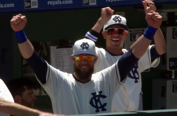 Photos: Royals-Tigers in Negro League Throwbacks