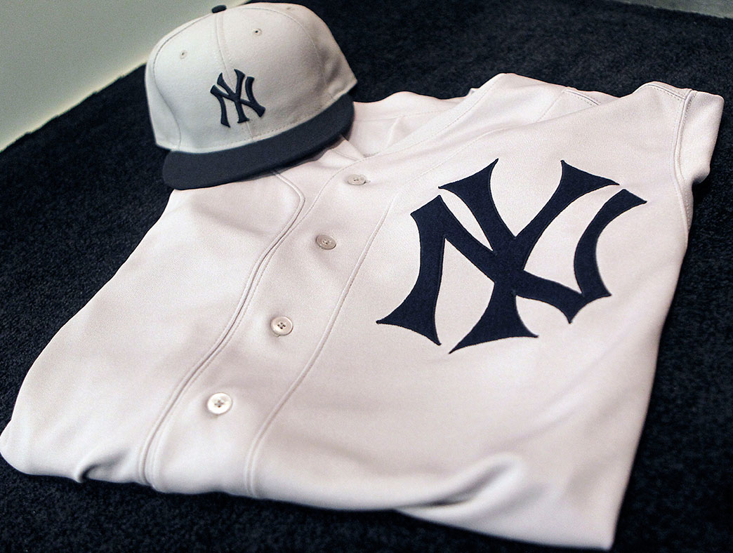 best loved 8014f 273a5 New York Yankees Unveil Throwback Jersey | Chris Creamer's ...