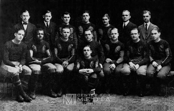 Iowa Haweyes throwback uniform 1921 Champions photo
