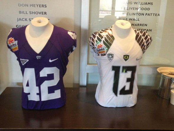 Tostitos Fiesta Bowl Kansas State Oregon uniforms jerseys multi-color color-shift