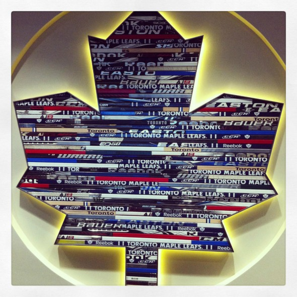 Toronto Maple Leafs Logo hockey sticks