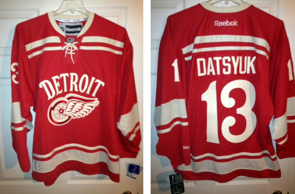 2013-Red-Wings-Winter-Classic-Jersey-Lea