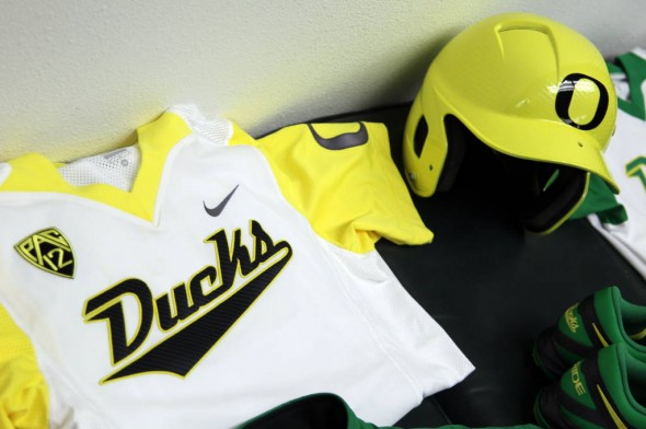 huge selection of 003ff caf23 Oregon Ducks Softball Unveils 5 New Nike Uniforms | Chris ...