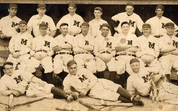 1913 Milwaukee Brewers Team Photo