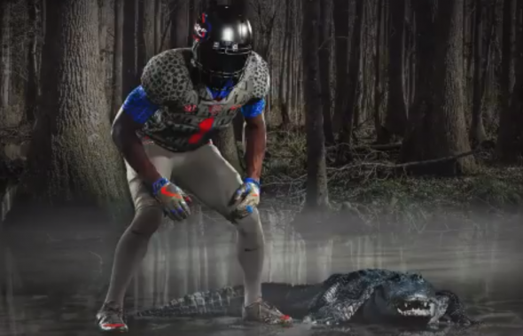 best service b1ac2 77e22 Florida Gators decide to dress up like actual Gators for ...