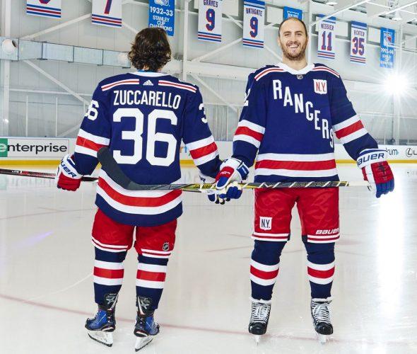 New York Rangers Unveil Uniform for 2018 Winter Classic  4a7366699