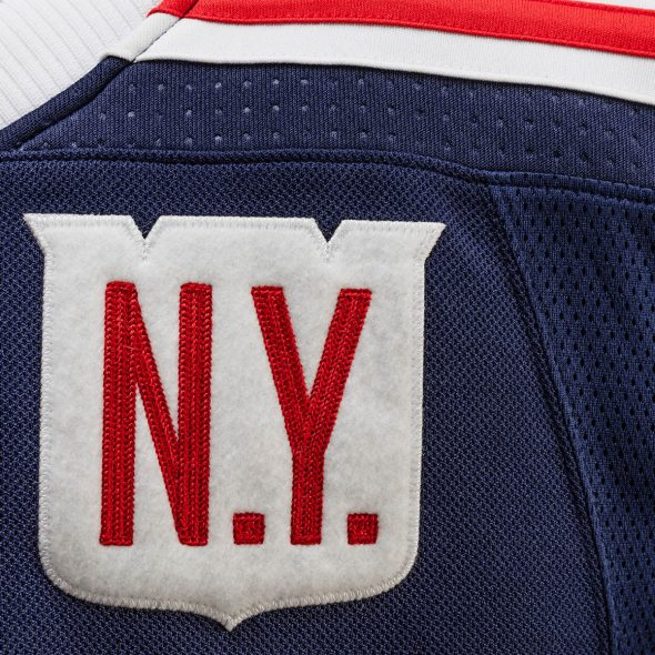 "This ""N.Y."" font appears in red on the blue jersey and is in blue on the  red pants. 3008bffb166"