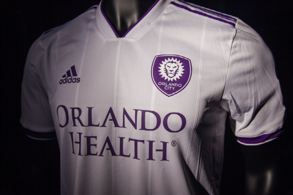 Even if it is the 485793th white clash kit in MLS this season d82979d23