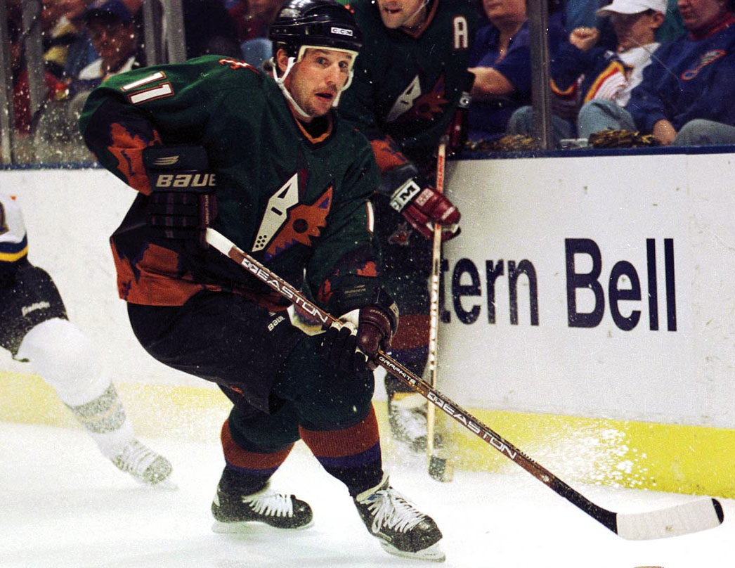 new arrival 90f24 dbc87 Phoenix Coyotes Alternate Uniform 1999   Chris Creamer's ...