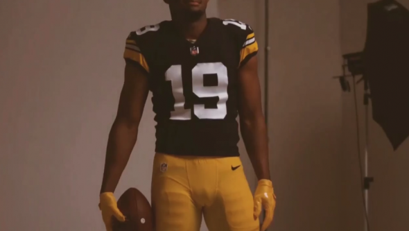 official photos 61906 5778c Pittsburgh Steelers Unveil 1979 Throwback Uniform | Chris ...